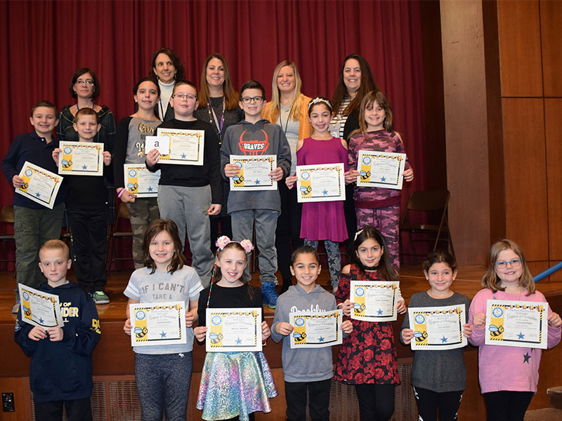 Bellmore Spelling Leaders are A-Buzz with Talent Default